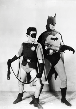 lewis-wilson-as-batman-and-douglas-croft-as-robin-for-the-batman-15-chapter-serial-1943